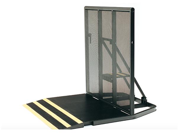 stage-barricade